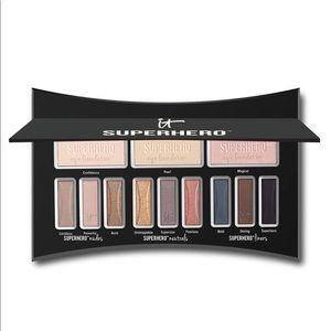 IT Cosmetics SUPERHERO Eye Palette